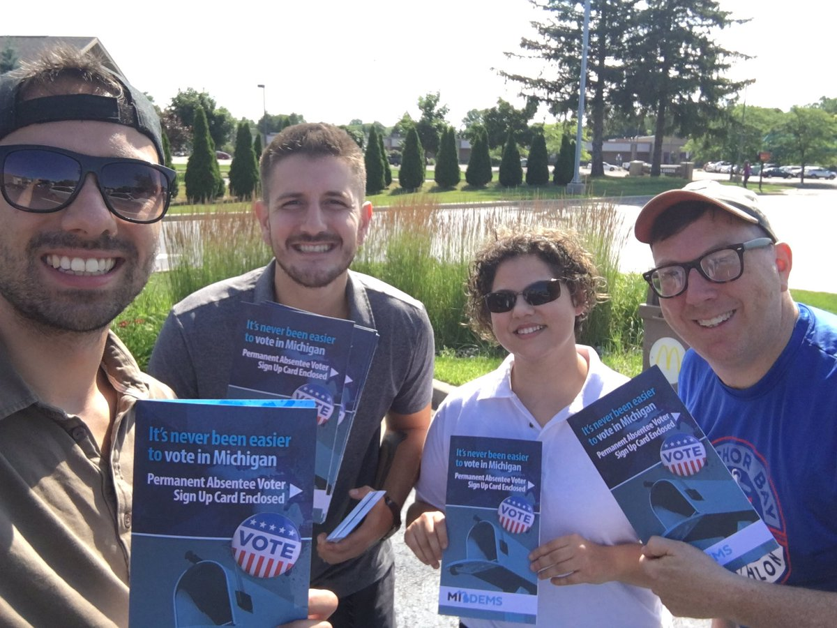 The heat wave can't stop the #BlueWave  Great time canvassing in Holt, MI today! #MarchForward2020<br>http://pic.twitter.com/G4fJNeK5yQ