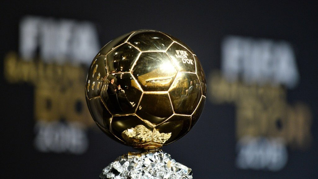 Who do you think is going to win the MetGala Ballon D'or? Comment below <br>http://pic.twitter.com/3MH2F7trSj