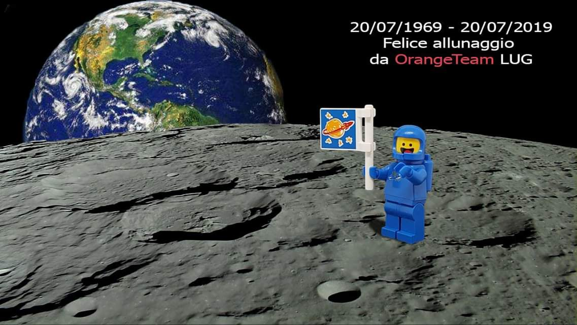 Un piccolo passo per l'uomo, 50 anni fa!! #otlug #lego #lunalander #50luna #instagram #luna #lego  #legophotography #legominifigures #legos #nofilter #stayorange