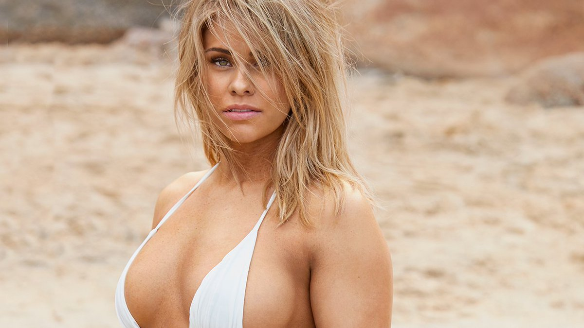 RT @SI_Swimsuit: Puerto Vallarta with Paige VanZant was a DREAM! https://t.co/obBoFQFe7x https://t.co/Pff14j5NXl