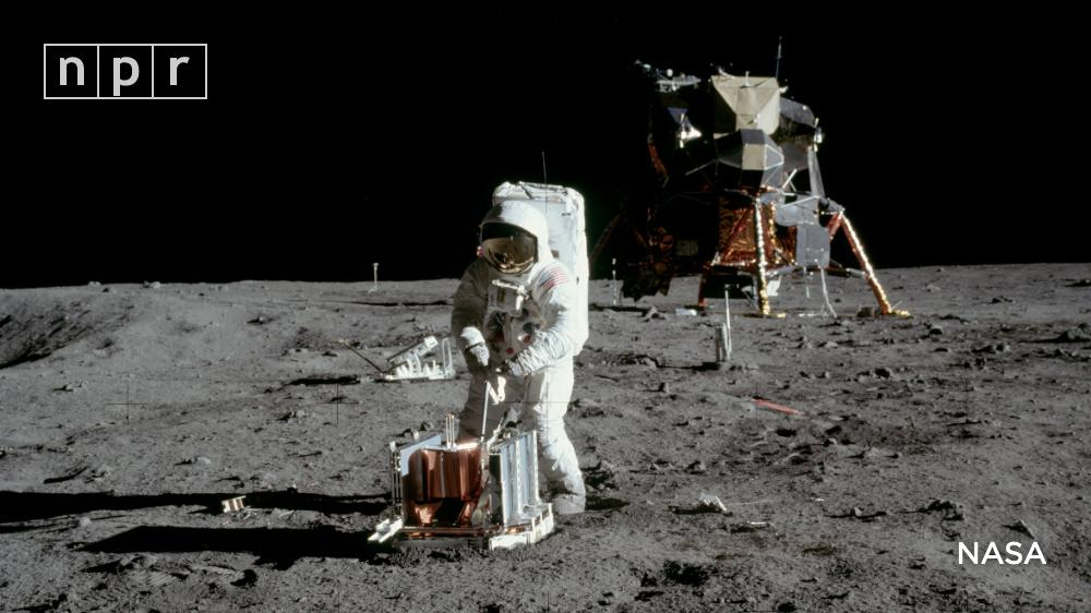 Tonight, America  celebrates the 50th anniversary of Apollo 11's successful mission of landing a crew on the moon.   Armstrong and Aldrin became the first humans to step foot on the surface. They spent two and a half hours collecting samples and taking photos. #Apollo50th <br>http://pic.twitter.com/4lGstwrjnI