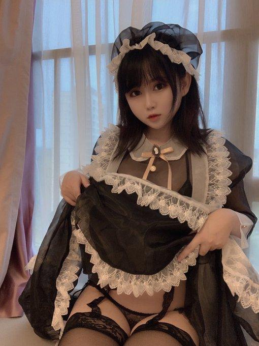 コスプレイヤー依酱のTwitter自撮りエロ画像67