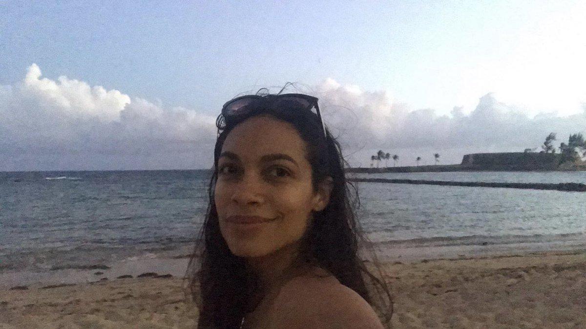 Daily Rosario Dawson on Twitter