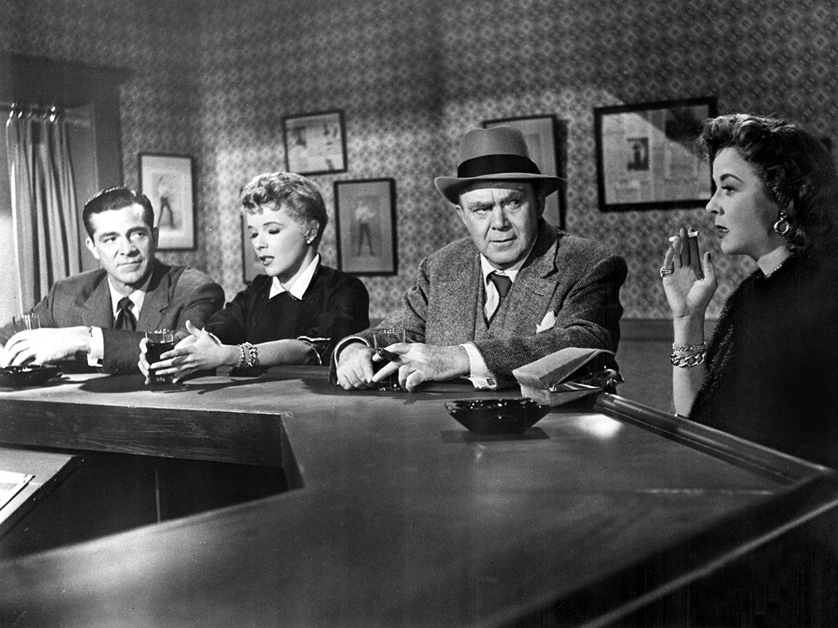 @NoirAlley's photo on #NoirAlley