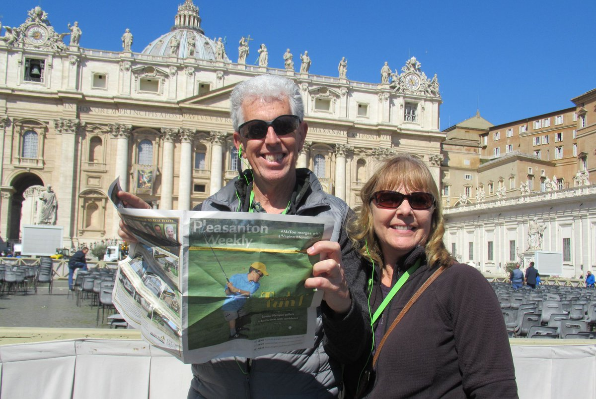 TAKE US ALONG: A papal paper -- Kevin and Yvonne Greenlee read while waiting for Pope Francis to appear at the Vatican on Palm Sunday. During their travels through Italy, they also visited the ancient city of Assisi as well as the tomb of Saint Francis. Send us your photo today! https://t.co/lIZLu1hbMs