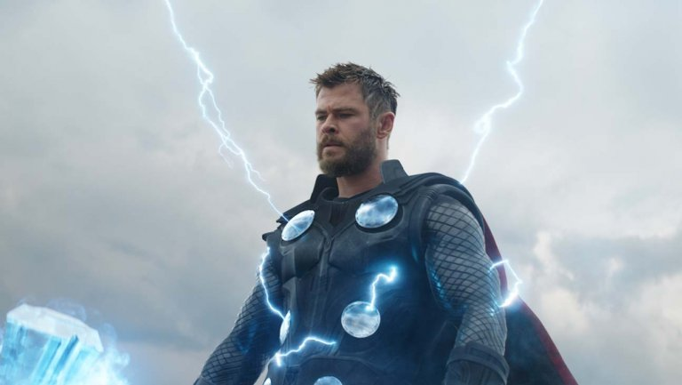 Box office: #AvengersEndgame passes 'Avatar' to become no. 1 film of all time thr.cm/0fxfsE