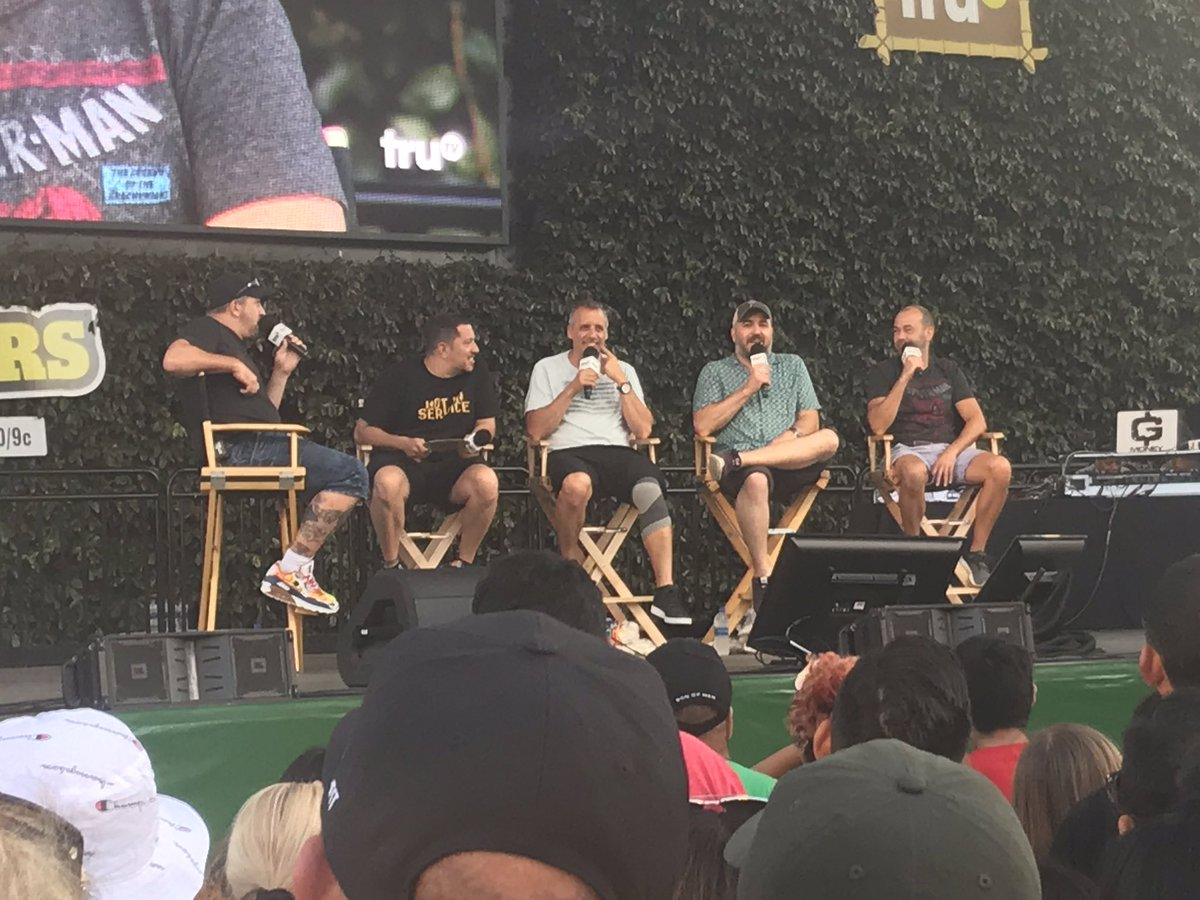 The Impractically Speaking web show is LIVE from #JokersIsland! Watch the stream on YouTube and Facebook to see the guys and @realjoeyfatone answer your questions!  https:// youtu.be/I4MHkKz5tD4     <br>http://pic.twitter.com/MIJOEJDZKX