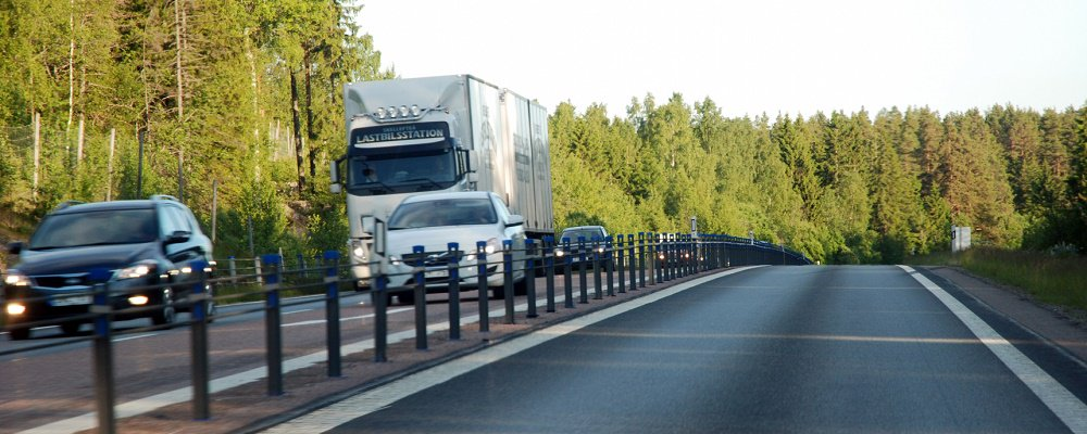 Transportindikatorn för juni indikerar en fortsatt stabil konjunktur för transporter i Sverige. https://t.co/XE6CUqcbAN…/Ovantad-uppgang-for-tr…/