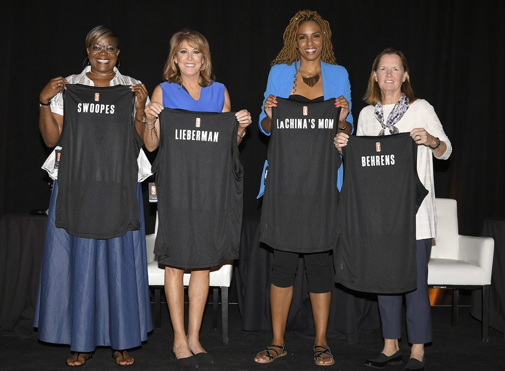 Day 1 ✅   The 2019 #LegendsConference got off to a 🔥 start with the #WomenofInfluence Summit featuring @sswoopes22, @NancyLieberman, @kathybor, @LaChinaRobinson and @RushiaB.   #ICYMI Check out some amazing photos below! 📸 ⬇️