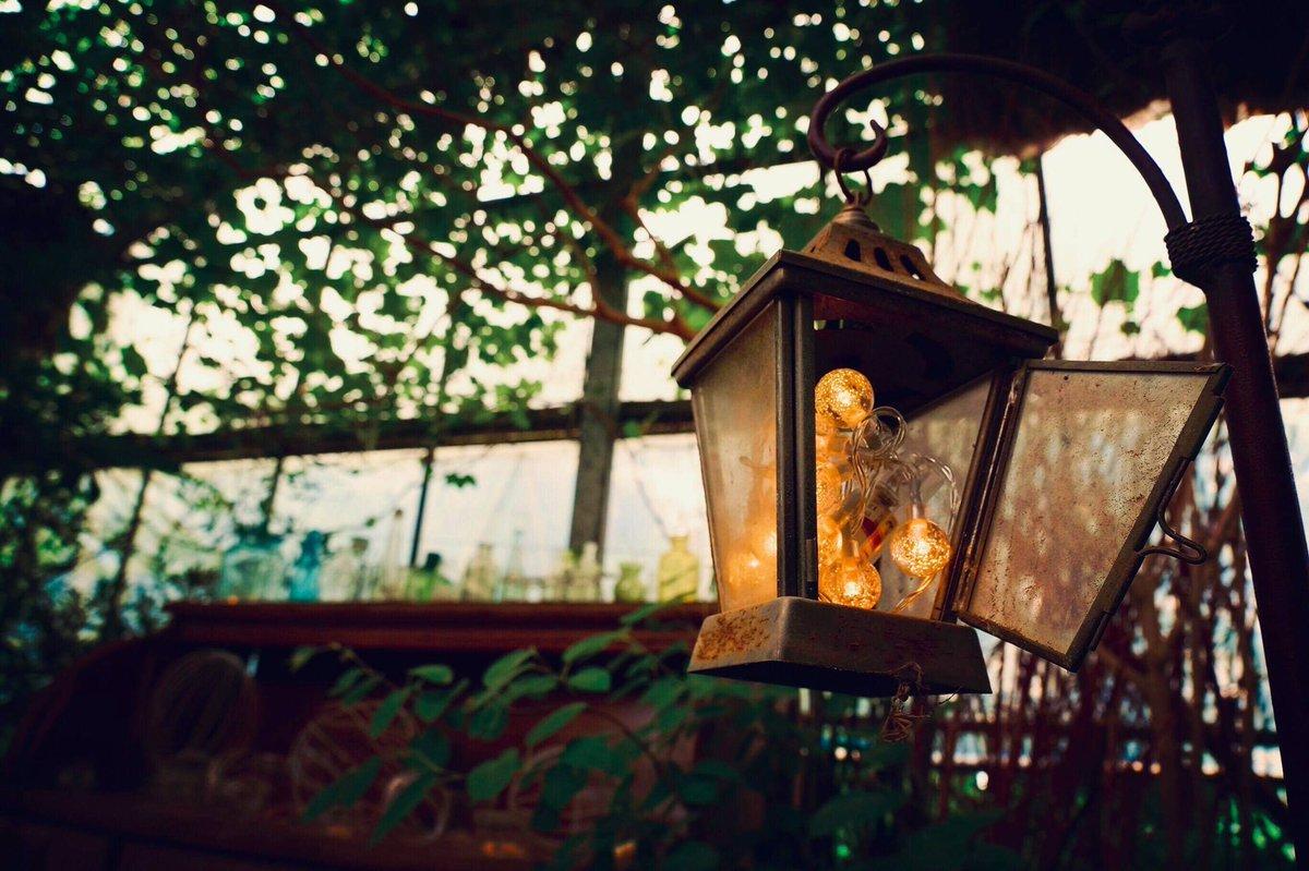 本日のomegane、雰囲気のある場所でアーティストのPV撮影です。  #映像制作 #omegane #MV #ミュージックビデオ #撮影