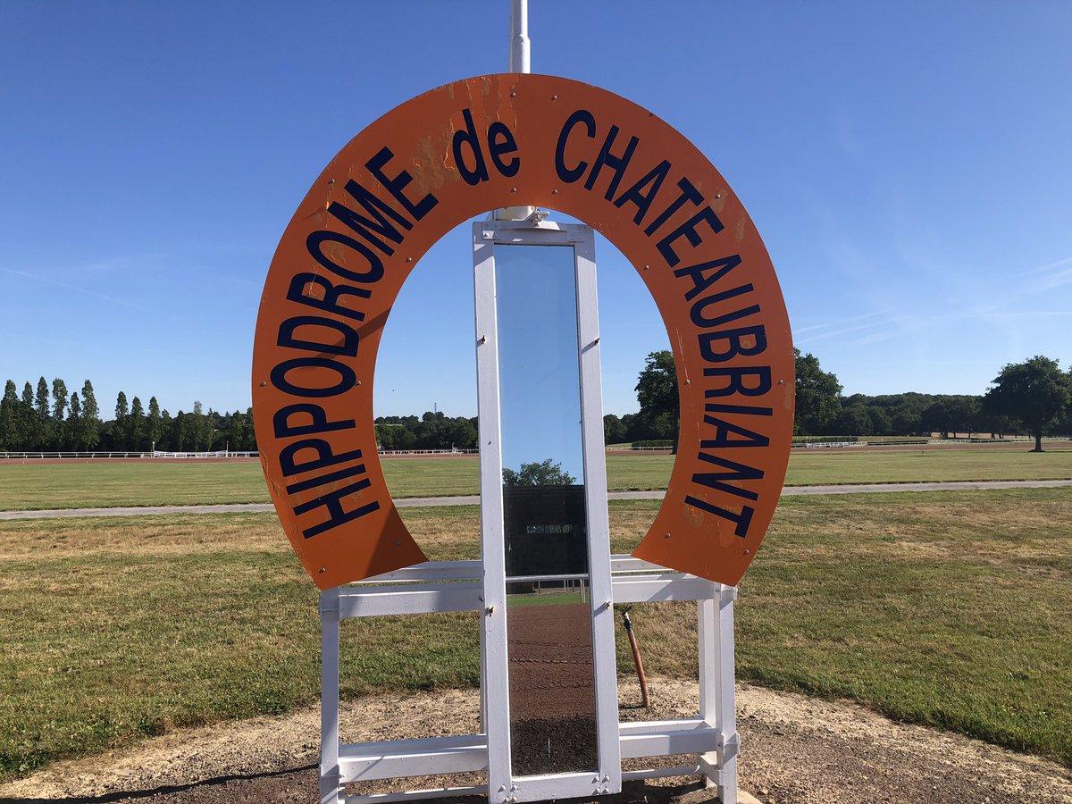 """Equidia on Twitter: """"#Trot #LeGrandDirect #R1 Sur l'hippodrome de # Châteaubriant, les conditions climatiques et la piste sont excellentes pour  la réunion de ce mardi après-midi. 🌡21 degrés ☀️ 9️⃣ courses ⏰ Course"""