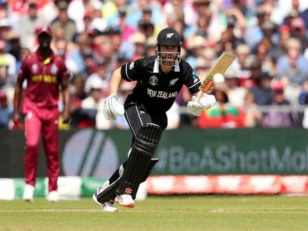 #INDvsNZ: Kane Williamson scores his 39th ODI fifty. New Zealand 109/2 in 29.3 overs against India. (File pic) #WorldCupSemiFinal #CWC19<br>http://pic.twitter.com/vN7216HkRT