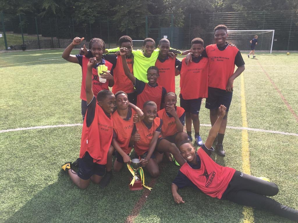 Year 7 ⚽️ Well done to the west team winning by penalty shoot out. Excellent game. #welldoneboys #football #letyourlightshine