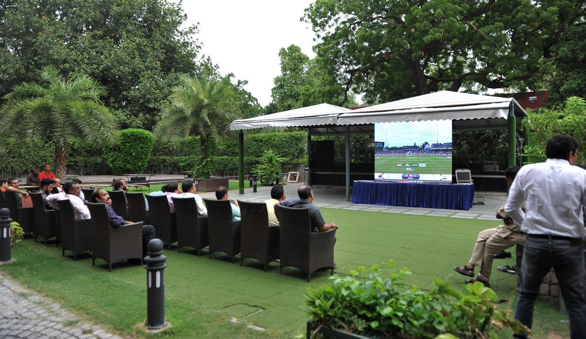 Visitors to @ccoi_1947 enjoying #IndiaVsNewZealand #WorldCupSemifinal Match #CWC19 #WorldCupSemiFinal #INDvNZ<br>http://pic.twitter.com/bcm0Ep7ndx