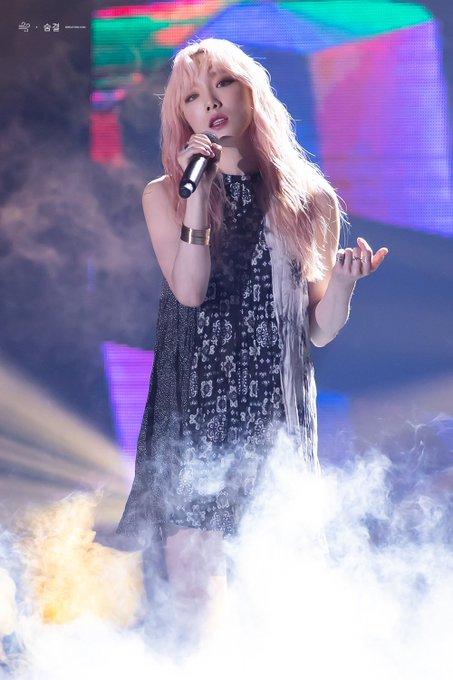 [PHOTO] 190706 Taeyeon - SBS Super Concert  D_CZYi_UYAAWovT?format=jpg&name=small