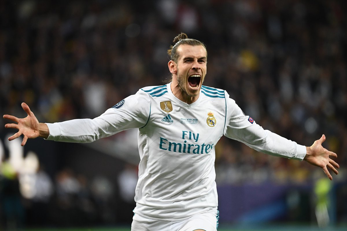 Real Madrid's Gareth Bale has been offered £1.2m-a-week in wages by an unnamed Chinese club. (Source: El Chringuito) https://t.co/BJbHtPlzoR