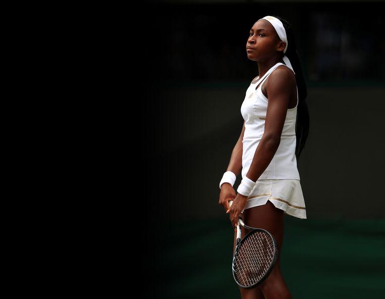 Jammer dat ze eruit vloog. Altijd leuk aanstormend talent. Tenniswonderkind Cori Gauff (15) uitgeschakeld op Wimbledon. Hoe bescherm je zo'n talent? #TSNL #tennis #sport https://www.volkskrant.nl/sport/tenniswonderkind-cori-gauff-15-uitgeschakeld-op-wimbledon-hoe-bescherm-je-zo-n-talent~bff0ce15/…