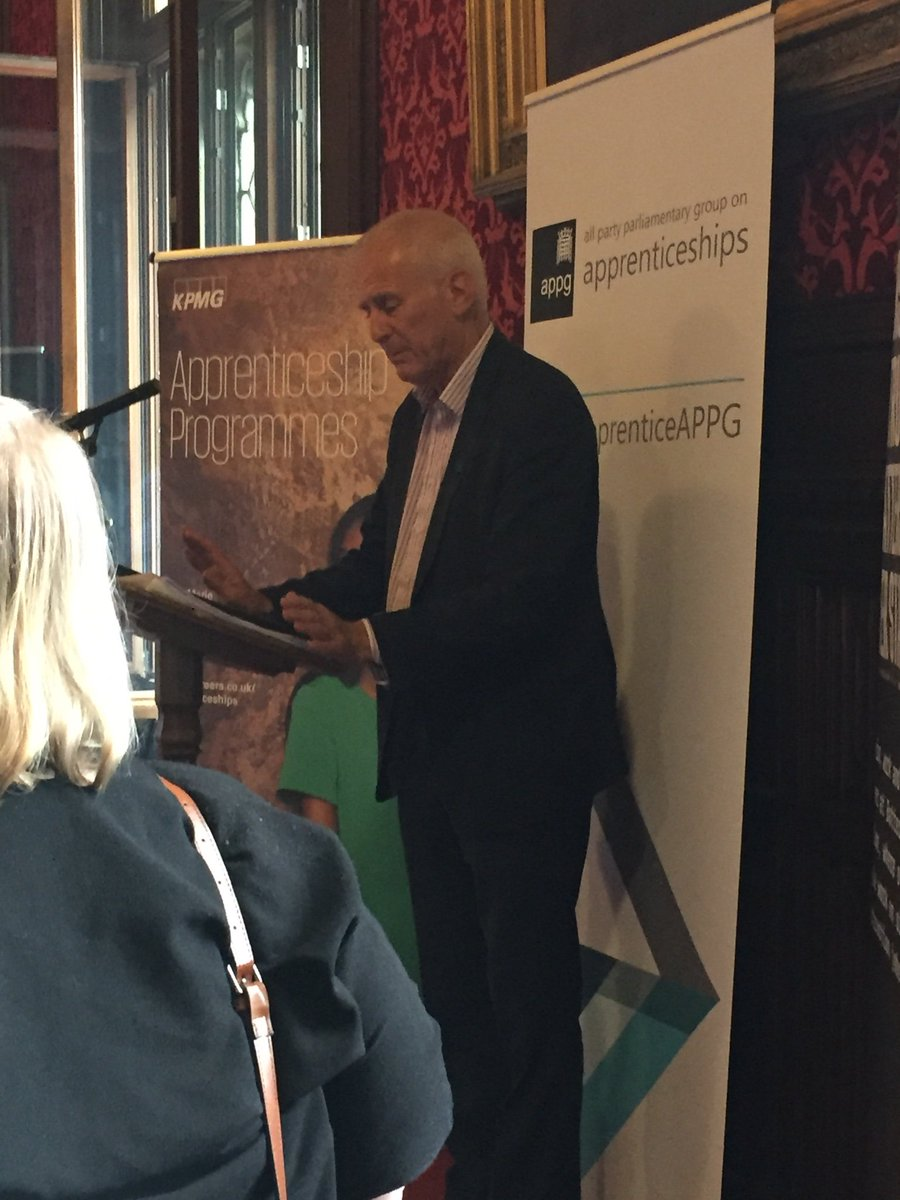 Joining us straight from the division lobby, Gordon Marsden MP, Shadow Minister for Higher Education, Further Education and Skills #apprenticeships