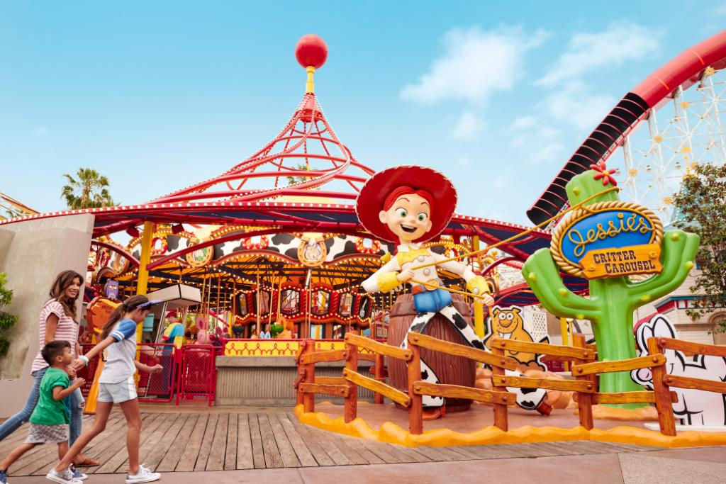 Lassos at the ready! Here's your last chance to enter the Pixar Pier Rootin' Tootin' Sweepstakes: http://di.sn/6009EskR9