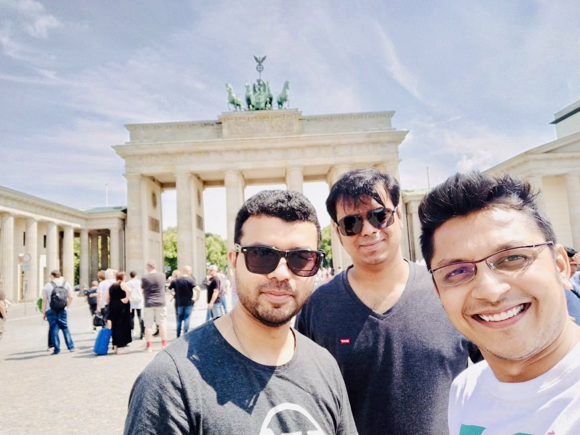 test Twitter Media - Meet @priteshvora , I really don't know him much, but he wanted to take a picture with us anyway and I said 'okey' 🤷🏻♂️! 🤣😂😁 CC: @akshatc  #ThrowBack #WCEU #Berlin #BlogVault #WPDeveloper https://t.co/UTIBHzlM67