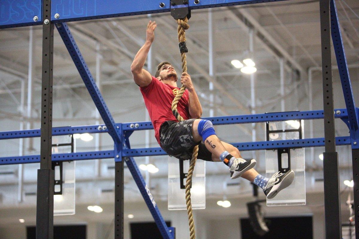 Spc. Ryan Sowder of the 2112th Transportation Company out of Burlington, KY, scored 597 out of a possible 600 points on the Army Combat Fitness Test, the highest score recorded in the U.S. Army so far. He also has earned an invitation to the @CrossFitGames https://kentuckyguard.dodlive.mil/2019/06/26/kentucky-guard-soldier-posts-highest-acft-score-yet/…