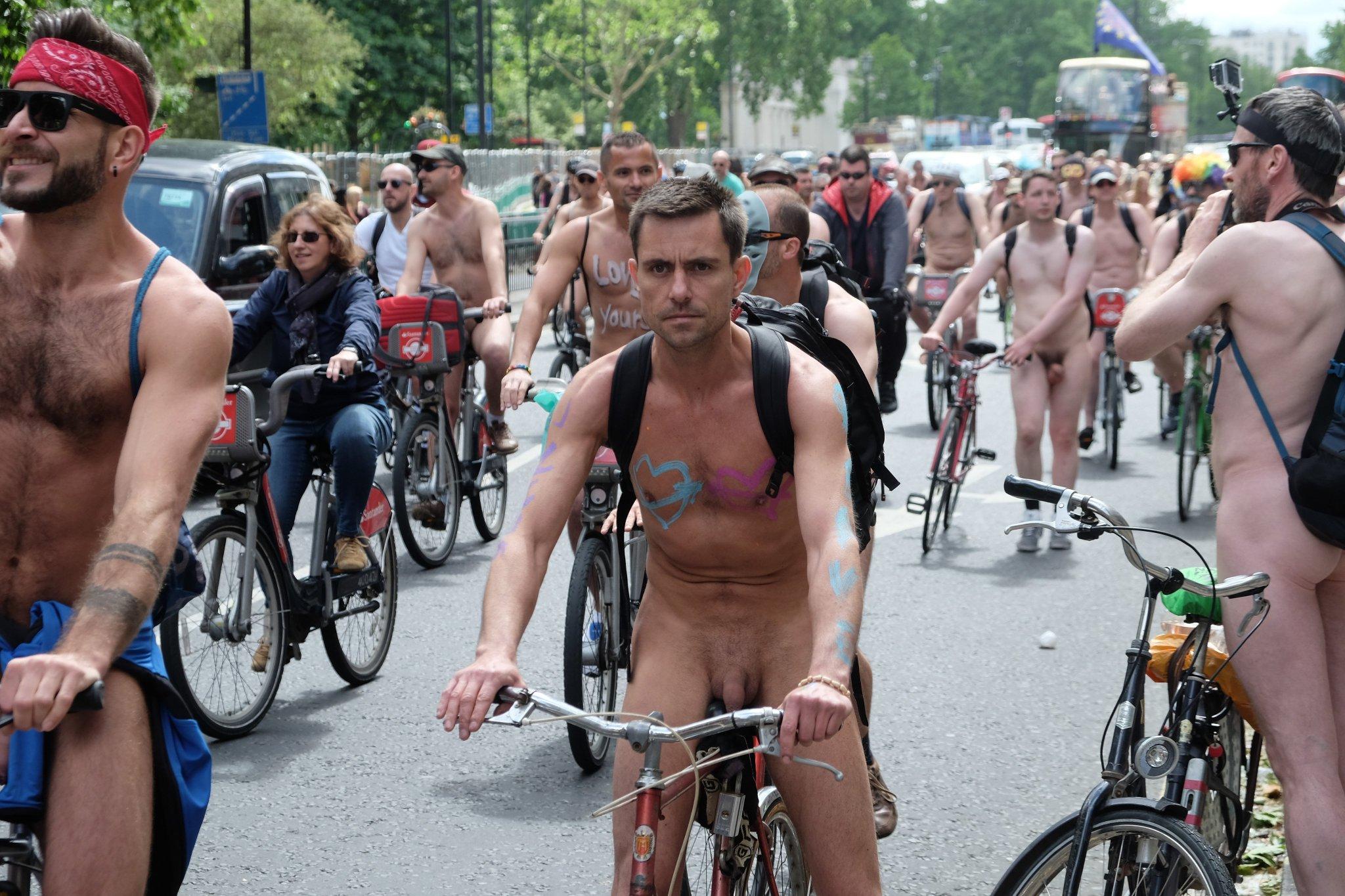 Public male nudity vids #14