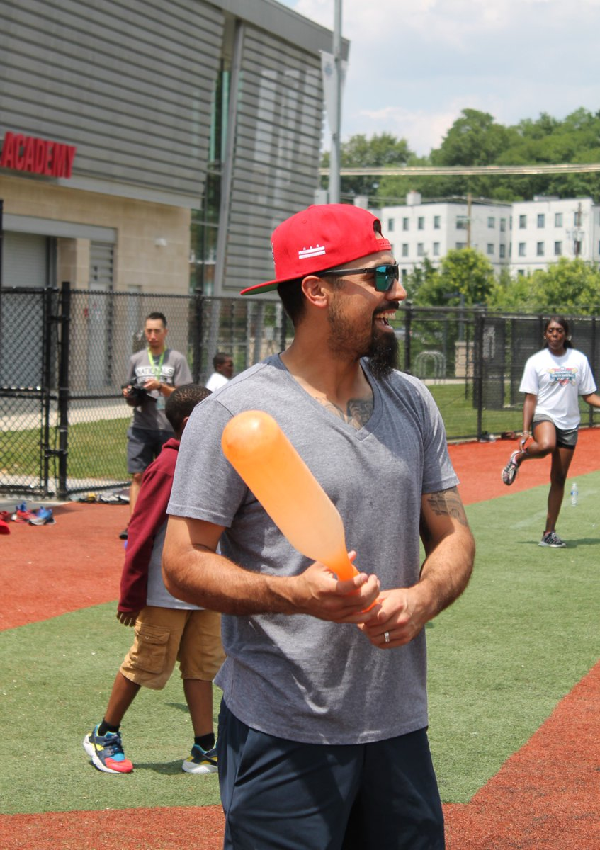 Rendon's ties to Nats Youth Academy run deep