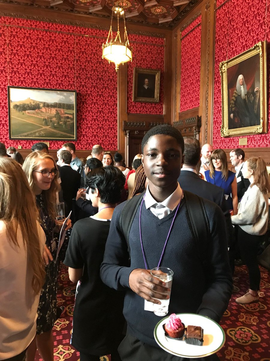 Aaron Phiri an @YourAAT intern, last night represented @YourAAT with distinction (and cake) at the @ApprenticeAPPG report launch with @GillianKeegan & @CatMcKinnell in #Parliament
