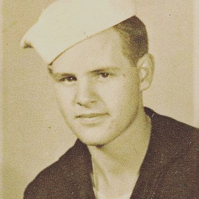 The late Ralph Comer of Kansas City acquired a real-life education in the Merchant Marines in WWII. He later earned five university degrees and completed a career in the U.S. Navy. #KansasCity #merchantmarine #USNavy #Missouri #ww2history <br>http://pic.twitter.com/7JYJeXIJvP