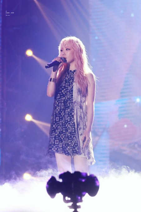 [PHOTO] 190706 Taeyeon - SBS Super Concert  D_G02t6U0AMAJWc?format=jpg&name=small