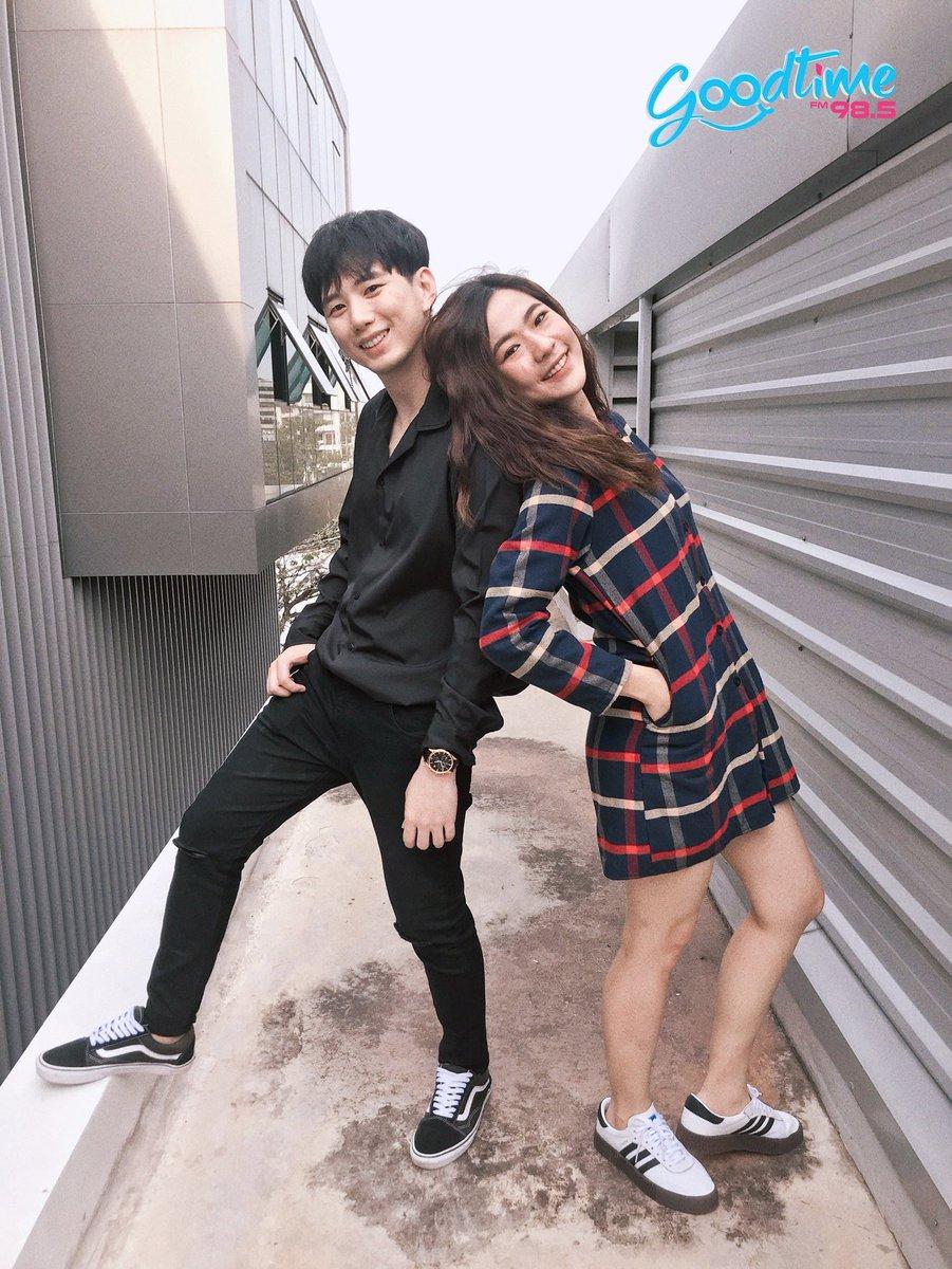 DJ. Nut & Nam ( N and N แห่ง #goodtime_radio #Leenam<br>http://pic.twitter.com/tehjSxeipq