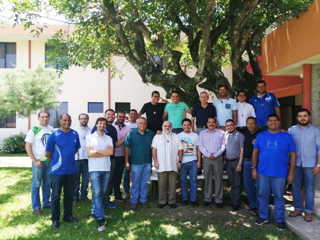 El Salvador - Annual meeting of Central America Youth Ministry coordinators https://t.co/F0au1SqTqg https://t.co/ylkOVyZgtj