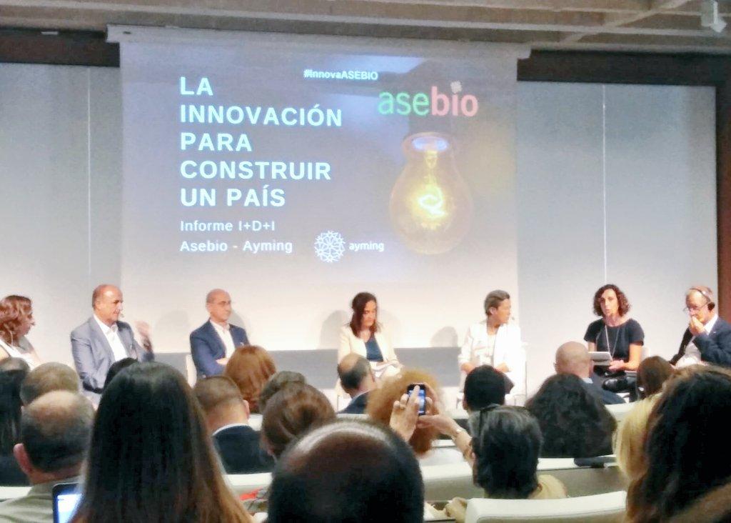 ✍️ @asebio presenta en #InnovaASEBIO un #benchmarking de #políticacientífica y reta a nuestro #ecosistema de #innovación español a implementar medidas y aceptar desafíos para impulsar la #ImásD empresarial 👉 ¡A por ello! #ciencia #LosParquesAportan #SonPCM #IncúbateFPCM
