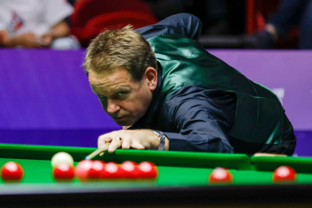 "Belfast's twice world semi-finalist retires from professional snooker.Joe Swail says he has taken the decision ""due to various health/mental reasons needed to compete at the top level"".In full: https://bbc.in/2XYzwF7 #bbcsnooker"