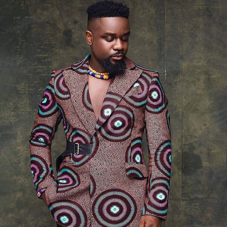 Happy birthday Godfather @sarkodie . U are a king and a legend. A role model and a big inspiration.... iv learnt alot from u. God richly bless u.