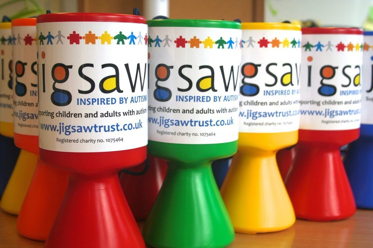 Another great day with one of our #volunteers here in the office, helping us with research and fundraising events.  Jigsaw is always looking for more support. #charity http://wu.to/zxag85