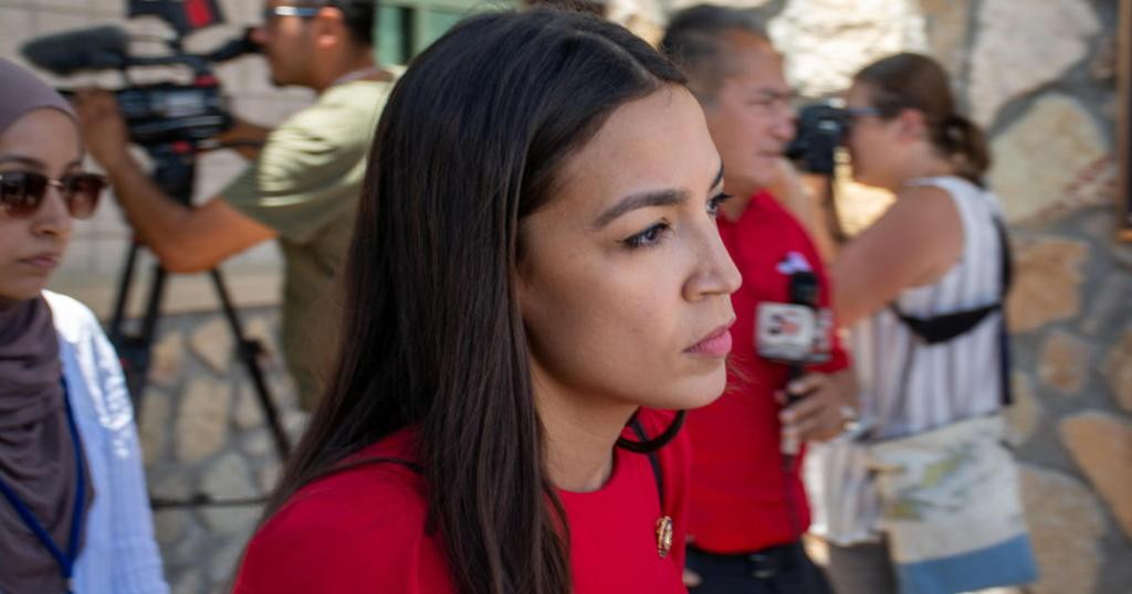 Alexandria Ocasio-Cortez suggests getting rid of entire Department Homeland Security cbsn.ws/2S5PKqA