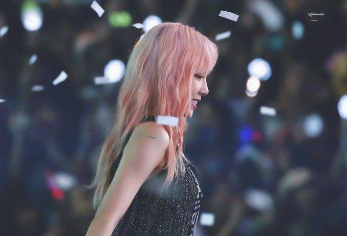 [PHOTO] 190706 Taeyeon - SBS Super Concert  D_HvKvdUYAAvYl7?format=jpg&name=small