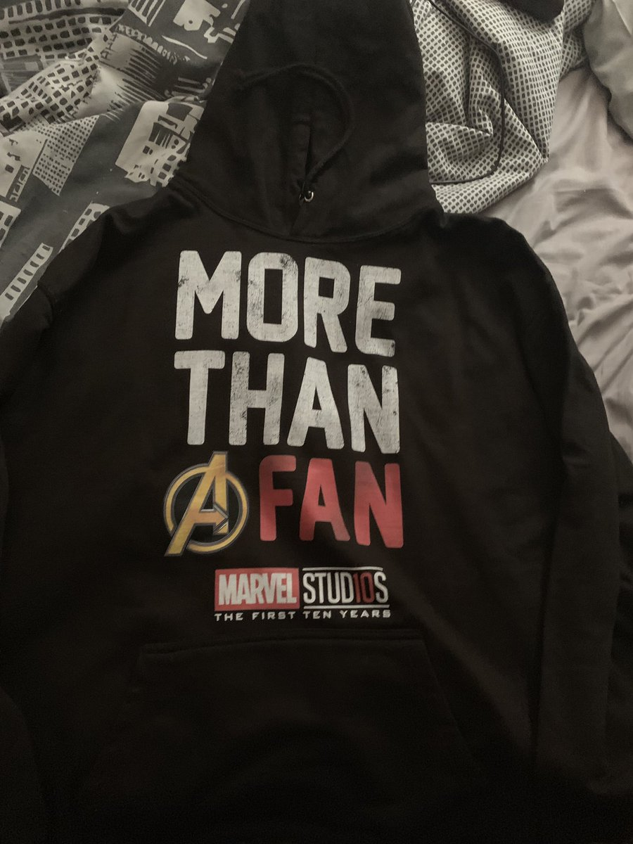 Love my new hoddie #morethanafan #MarvelStudios #first10years #marvelislife #marvelmovies https://t.co/vtvb388UqR