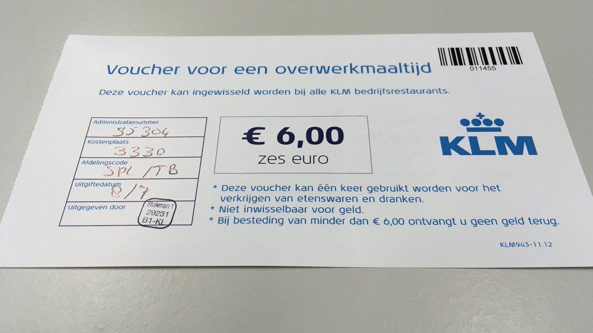 Akhirnya bergantung pada kupon ini. Dan ternyata kalo masih kepala 6 euro tetep gausa nambah. Kalo 7 euro baru nambah 1 euro. Akhirnya setiap ngambil makanan di buat ngepas 6.99 £ #akuindonesia
