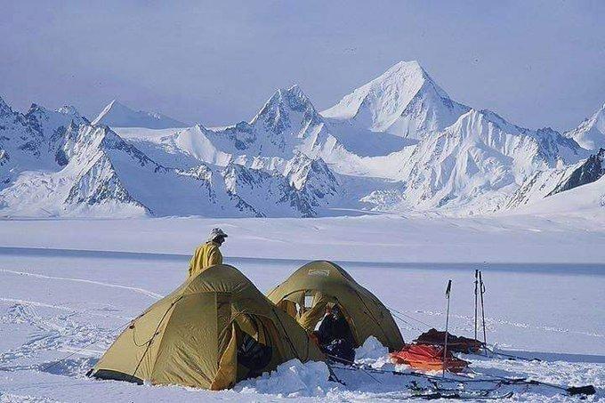 Not  #Iceland   Not  #Switzerland   This is my  heaven like    #Pakistan   😍 #hisper  #glacier   #biafo   #Skardu   #GilgitBaltistan   #BeautifulPakistan  #climbing  @PicsSilkRoad   @ihameed123  @TehreemChoudhry  @peaceforchange  @ImranKhanPTI https://t.co/KuGXT8WLrX