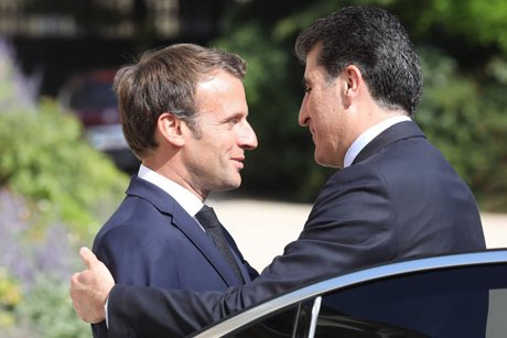 "Baxtiyar Goran on Twitter: ""#Kurdistan Region President Nechirvan Barzani meets French President Emmanuel Macron at the @Elysee.… """