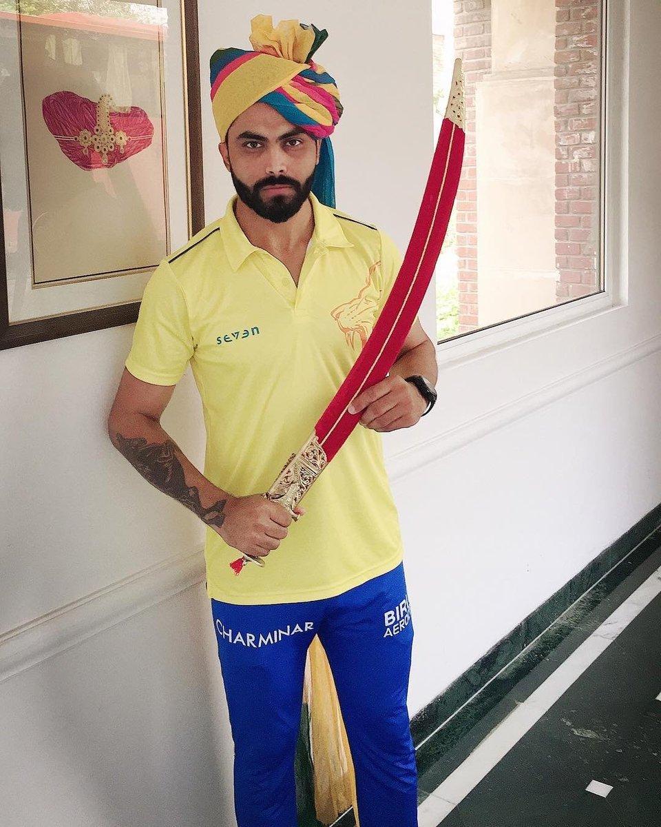 आज रविन्द्र जडेजा ने साबित कर दिया कि राजपूत खेल हार सकता है लेकिन जीतने का जज्बा नहीं हारता !! #Jai_Rajputana @imjadeja