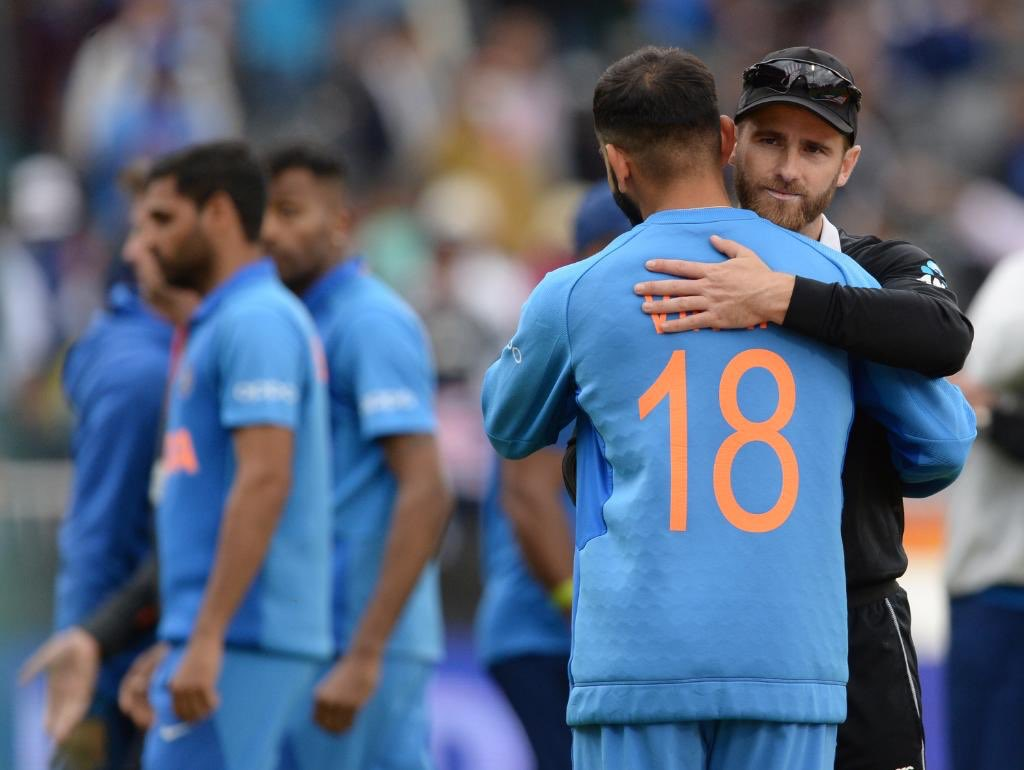 Always a treat to watch such thrilling matches. Dhoni and Jadeja fought well but it was clearly New Zealand's day! Congratulations to the winners on reaching the finals. Tough luck India but you've had a good run this tournament #NZvIND #CWC19 <br>http://pic.twitter.com/M0QkHSIBC8
