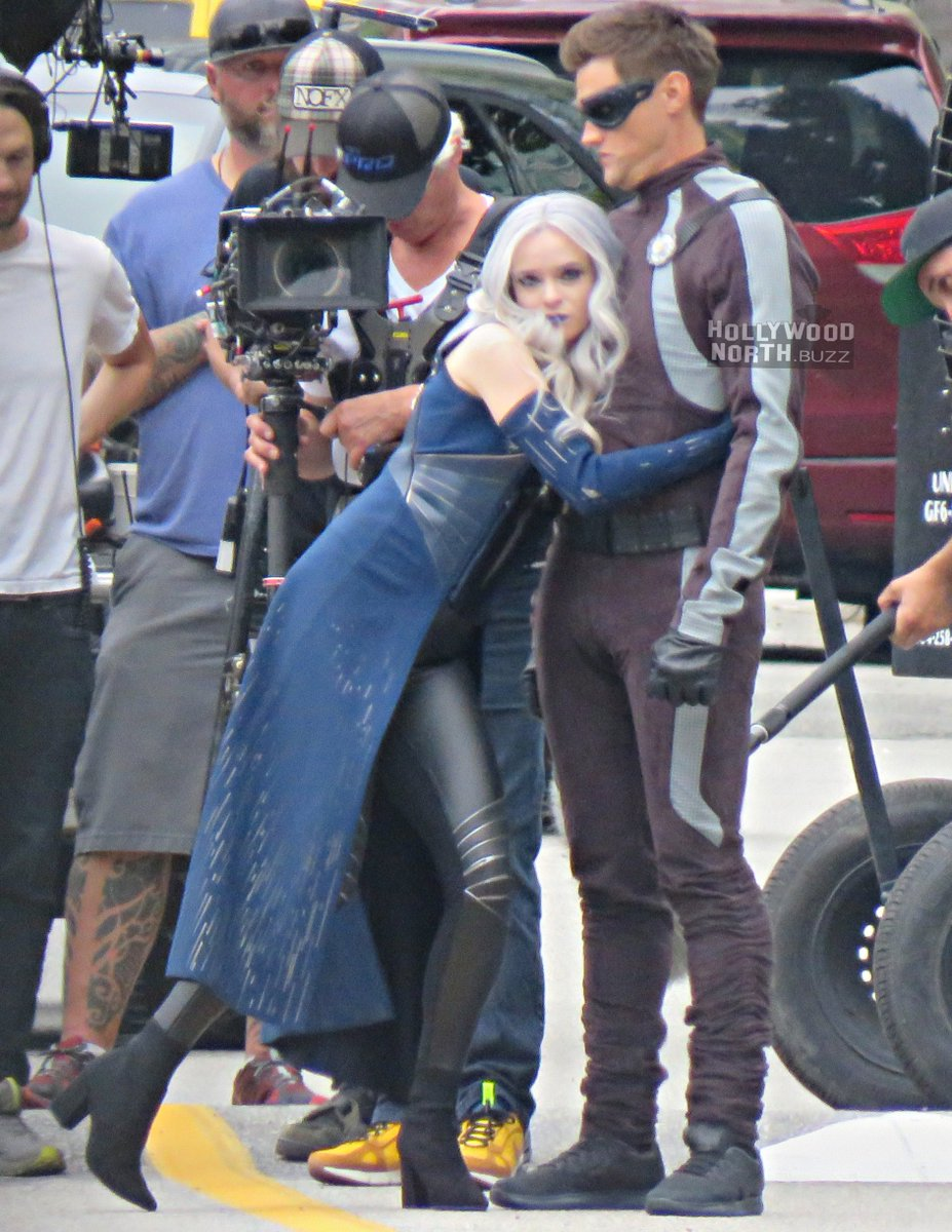 Hollywood North Buzz Yvrshoots On Twitter Killer Frost