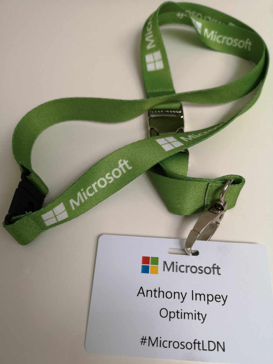 Thanks to @forestside & @HughMilward @MicrosoftUK for inviting me to todays sneak peak of the new flagship @MicrosoftStore on #OxfordCircus. Its an absolutely amazing experience. @OptimityLtd