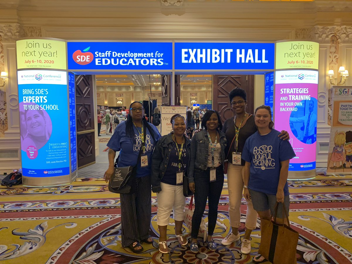 ACS staff looking for ways to Foster Joyful Learning! #SDE2019 <br>http://pic.twitter.com/grazwXFAYV