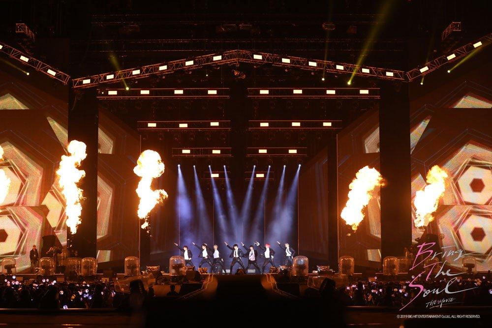 #BTS 新作映画『BRING THE SOUL: THE MOVIE』の日本語版予告編が解禁!!華やかなステージはもちろん、舞台裏の7人の素顔まで魅力が詰まった予告編を是非チェックしてみて下さい。#ドキュメンタリー映画 #予告編