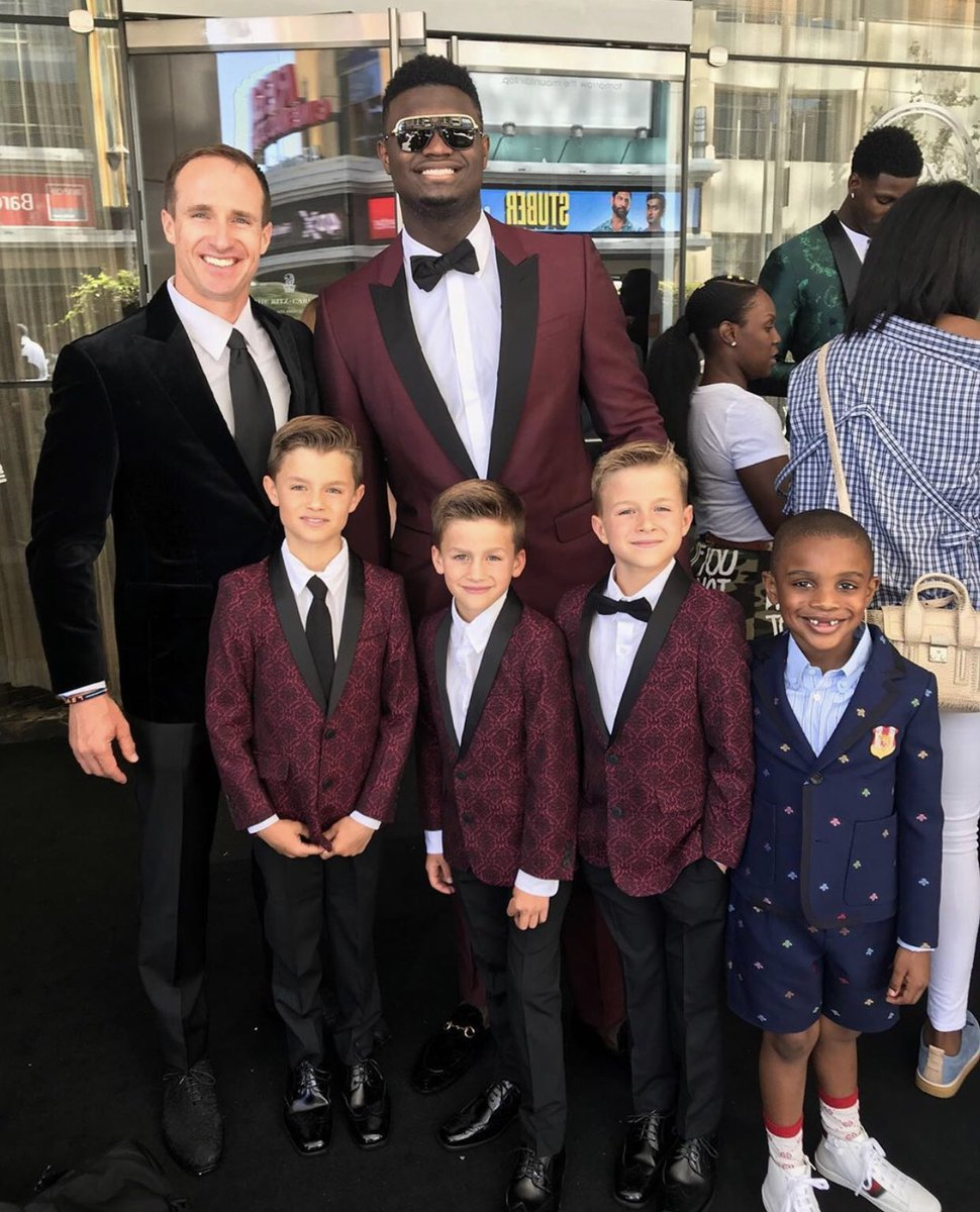 NOLA Family 🏈 🏀   @drewbrees ⚜️ @Zionwilliamson   (📸 Via Brees)