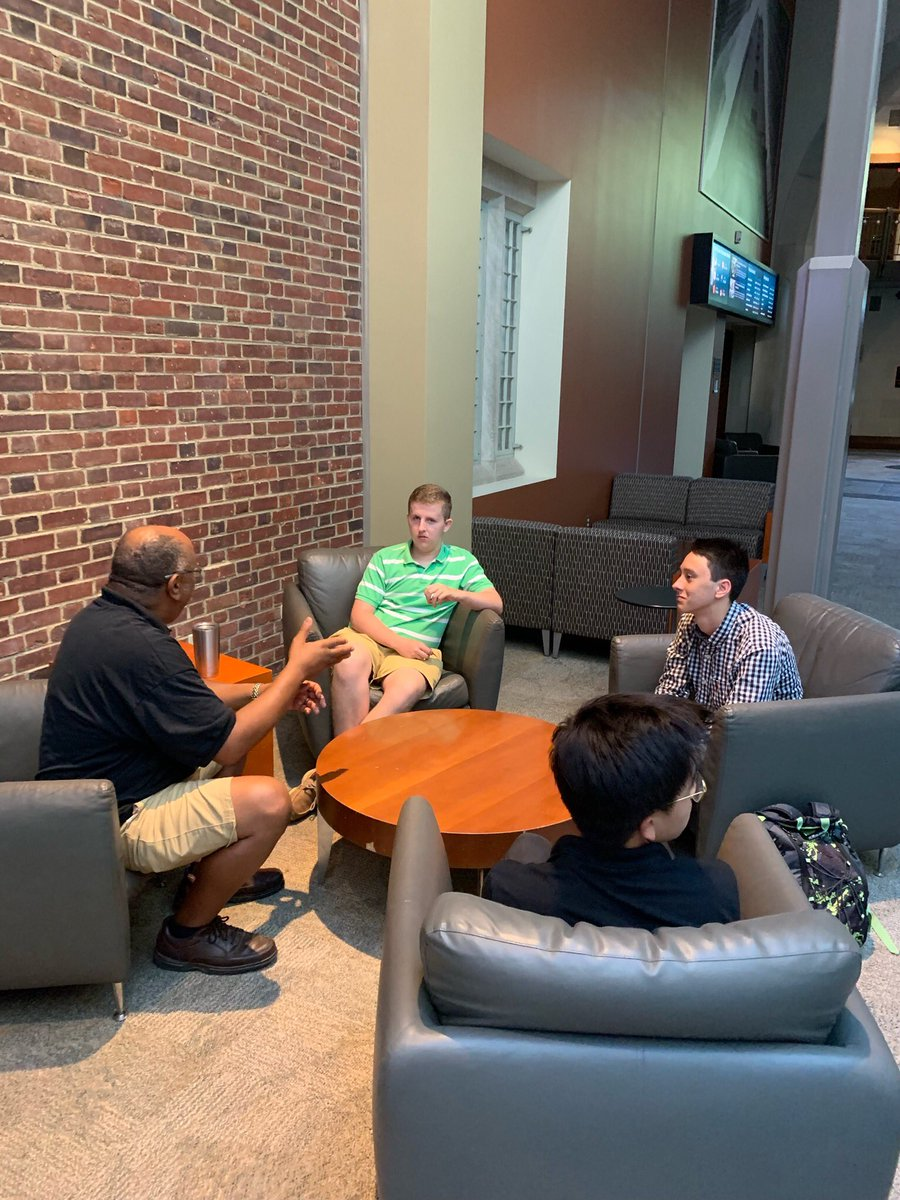 Students also met with chef and restauranteur Herman Baskerville, Nurse Practitioner Erica Davis, and Mechanical Engineeer Felix Pyatigorskiy to discuss what skills are necessary to find success in their professions. https://t.co/136jpwDP0l